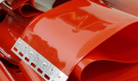 Полоса ПВХ 300мм*2мм защита от сварки красная